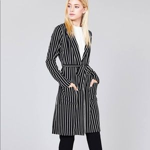 Long sleeve notched collar open front striped long